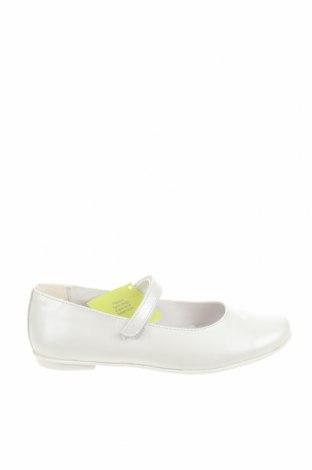 Детски обувки Primigi, Размер 35, Цвят Бял, Естествена кожа, Цена 27,36лв.