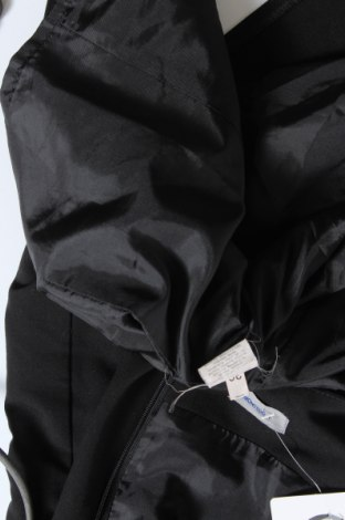 Рокля Montego, Размер S, Цвят Черен, 72% полиестер, 23% вискоза, 5% еластан, Цена 55,50лв.