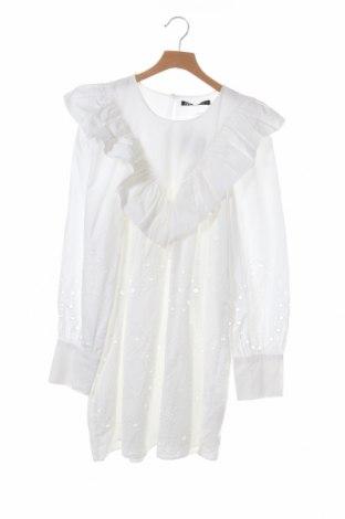 Рокля Zara, Размер XS, Цвят Бял, 100% памук, Цена 32,00лв.