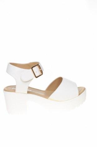 Сандали Koi footwear, Размер 39, Цвят Бял, Еко кожа, Цена 25,62лв.