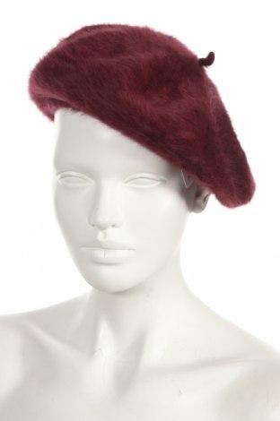 Шапка Kangol, Цвят Червен, 55% ангора, 45% вълна, Цена 33,92лв.