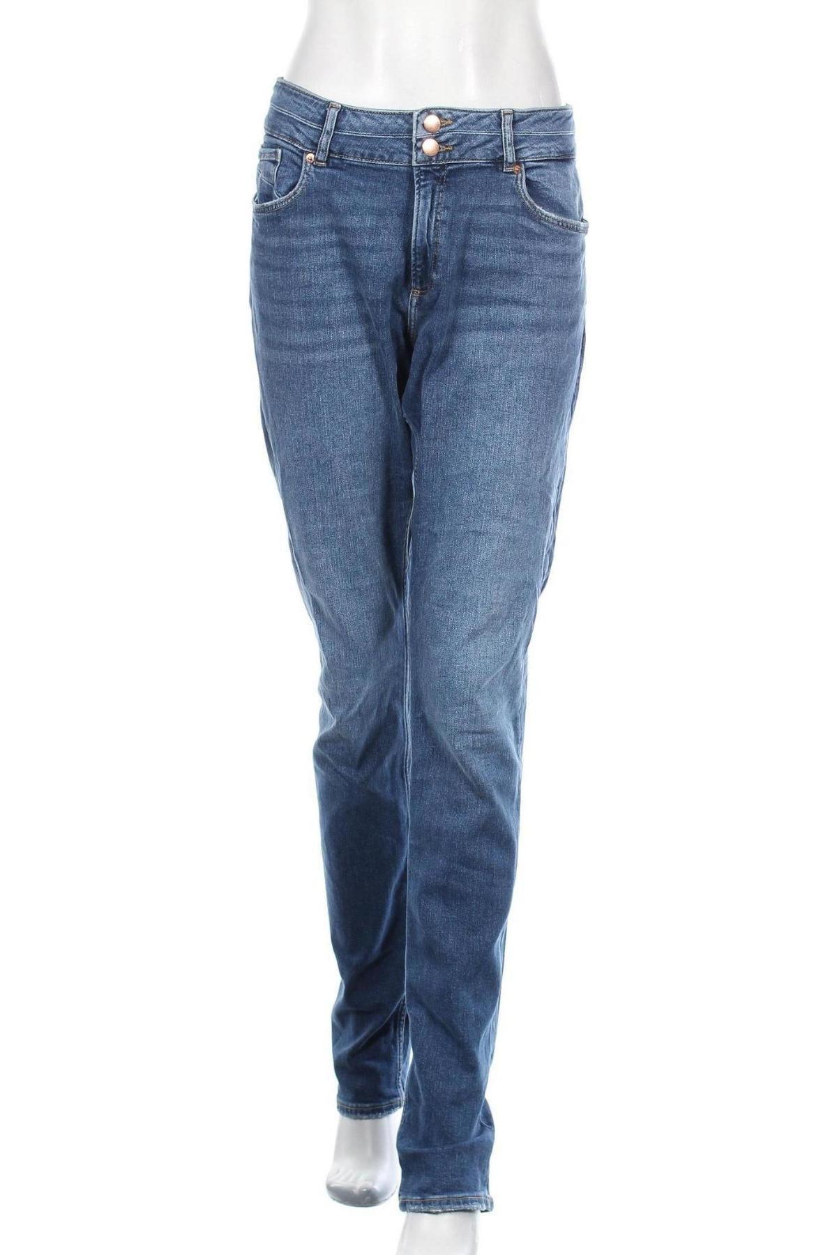 Дамски дънки Q/S by S.Oliver, Размер L, Цвят Син, 99% памук, 1% еластан, Цена 31,02лв.