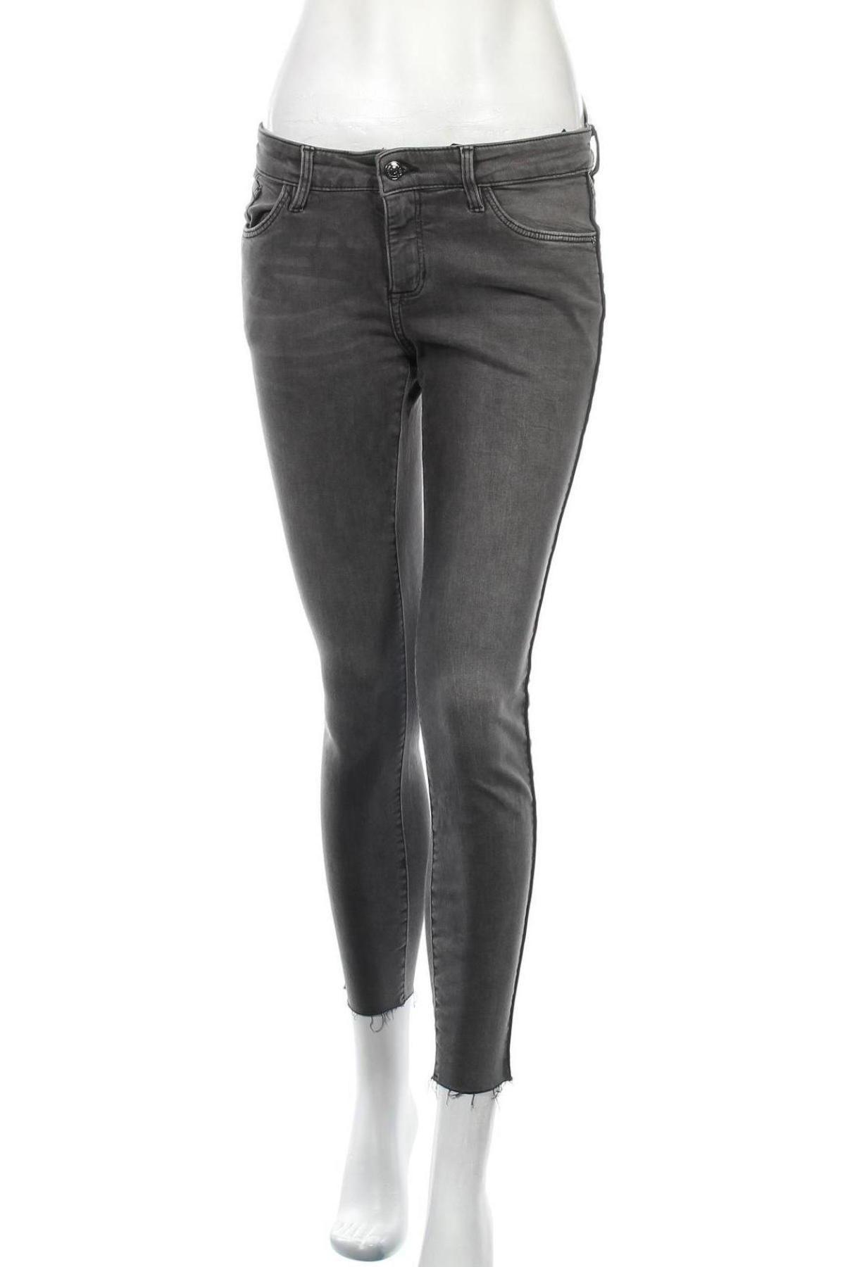 Дамски дънки S.Oliver, Размер S, Цвят Сив, 99% памук, 1% еластан, Цена 55,50лв.