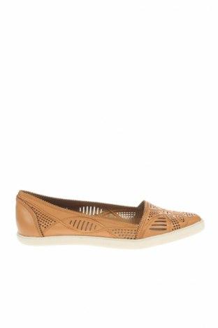 Γυναικεία παπούτσια Aerin