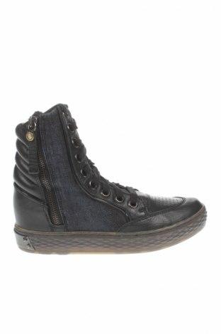 Dámske topánky  Diesel