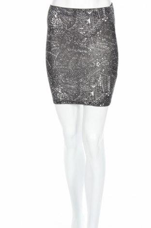 Пола Pull&Bear, Размер XS, Цвят Черен, 97% памук, 3% еластан, Цена 3,75лв.