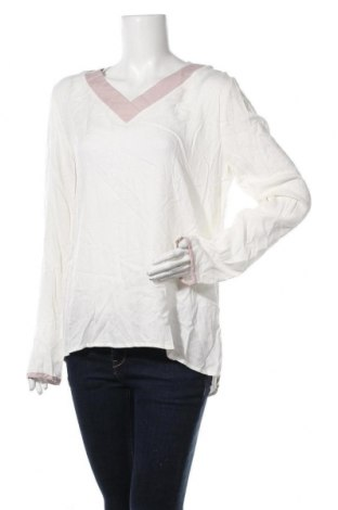 Дамска блуза Colours Of The World, Размер XL, Цвят Бял, Вискоза, Цена 4,73лв.