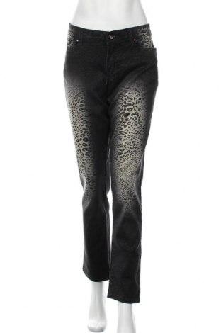 Дамски дънки, Размер L, Цвят Сив, 80% памук, 18% полиестер, 2% еластан, Цена 23,21лв.