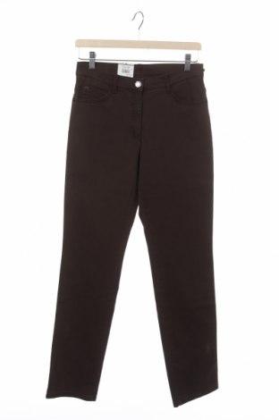 Дамски дънки Brax, Размер XS, Цвят Кафяв, 90% памук, 10% еластан, Цена 48,33лв.