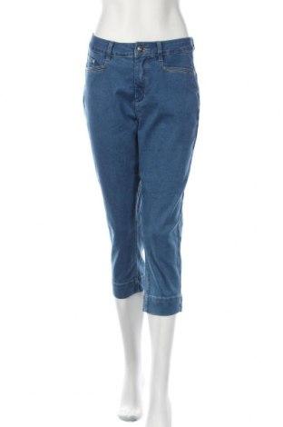 Дамски дънки C-Ro, Размер M, Цвят Син, 72% памук, 26% полиестер, 2% еластан, Цена 19,69лв.