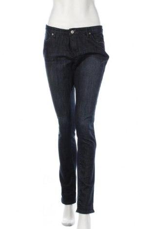 Дамски дънки Charlotte Russe, Размер M, Цвят Син, 99% памук, 1% еластан, Цена 7,35лв.