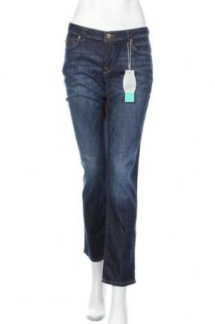 Дамски дънки Edc By Esprit, Размер L, Цвят Син, 98% памук, 2% еластан, Цена 60,90лв.