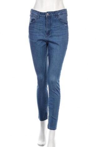 Дамски дънки H&M, Размер M, Цвят Син, 78% памук, 20% полиестер, 2% еластан, Цена 12,80лв.
