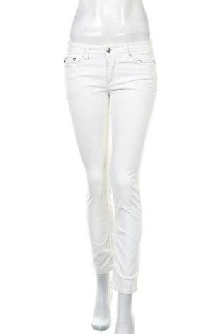 Дамски дънки Just Cavalli, Размер S, Цвят Бял, 98% памук, 2% еластан, Цена 37,76лв.