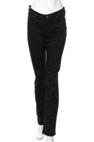 Дамски дънки Lee, Размер L, Цвят Черен, 65% памук, 17% полиестер, 16% вискоза, 2% еластан, Цена 51,75лв.