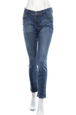 Дамски дънки Mac, Размер L, Цвят Син, 92% памук, 5% полиестер, 3% еластан, Цена 20,79лв.