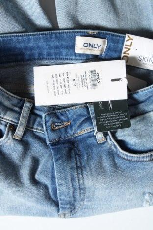 Дамски дънки ONLY, Размер M, Цвят Син, 92% памук, 6% други тъкани, 2% еластан, Цена 59,25лв.