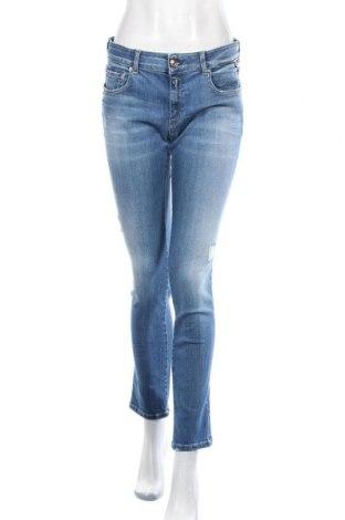Дамски дънки Replay, Размер M, Цвят Син, 92% памук, 6% полиестер, 2% еластан, Цена 94,05лв.