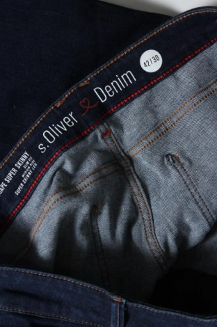 Дамски дънки S.Oliver, Размер L, Цвят Син, 48% памук, 34% лиосел, 14% полиестер, 4% еластан, Цена 31,68лв.