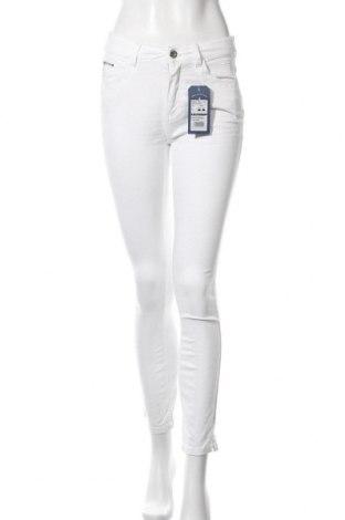Дамски панталон Tom Tailor, Размер S, Цвят Бял, 98% памук, 2% еластан, Цена 23,70лв.
