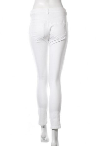 Дамски панталон Tom Tailor, Размер S, Цвят Бял, 98% памук, 2% еластан, Цена 59,25лв.