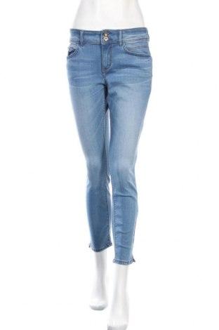Дамски дънки Tom Tailor, Размер M, Цвят Син, 42% памук, 34% полиестер, 22% вискоза, 2% еластан, Цена 22,25лв.