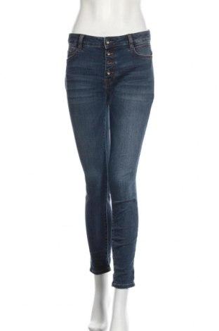 Дамски дънки Tom Tailor, Размер M, Цвят Син, 74% памук, 25% полиестер, 1% еластан, Цена 18,50лв.