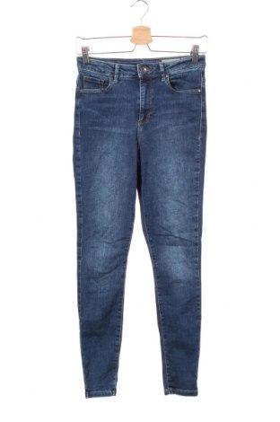 Дамски дънки Vero Moda, Размер S, Цвят Син, 85% памук, 13% полиестер, 2% еластан, Цена 24,94лв.