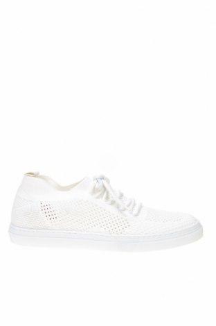 Дамски обувки Aeropostale, Размер 40, Цвят Бял, Текстил, Цена 40,92лв.