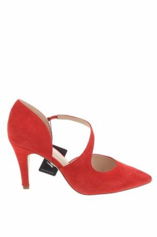 Дамски обувки Caprice, Размер 39, Цвят Червен, Естествен велур, Цена 53,55лв.