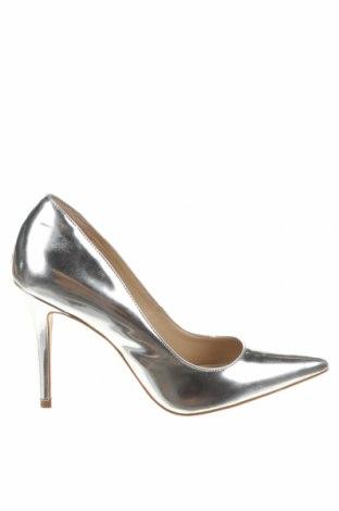 Дамски обувки San Marina, Размер 39, Цвят Сребрист, Естествена кожа, Цена 54,45лв.