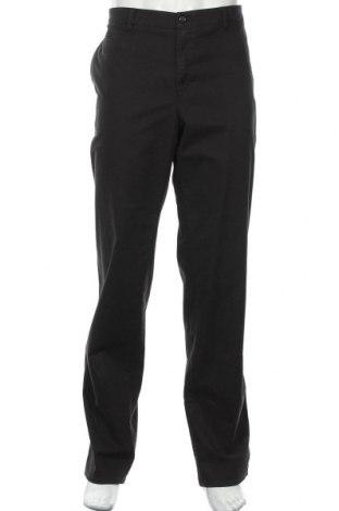 Мъжки панталон Brax, Размер XXL, Цвят Черен, 98% памук, 2% еластан, Цена 64,07лв.