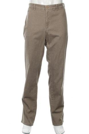 Pantaloni de bărbați Brax, Mărime XXL, Culoare Bej, 98% bumbac, 2% elastan, Preț 171,55 Lei