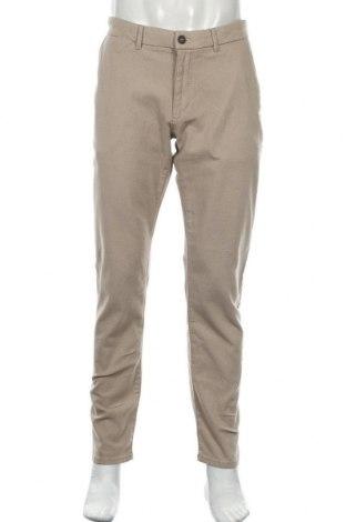 Мъжки панталон Montego, Размер XL, Цвят Бежов, 98% памук, 2% еластан, Цена 26,88лв.