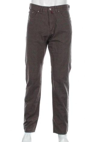 Мъжки панталон Pierre Cardin, Размер M, Цвят Кафяв, 96% памук, 3% полиамид, 1% еластан, Цена 14,72лв.