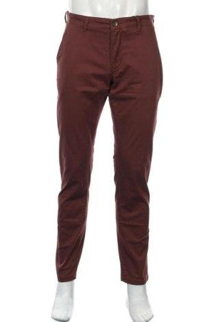 Мъжки панталон Sondag & Sons, Размер M, Цвят Червен, 98% памук, 2% еластан, Цена 22,94лв.