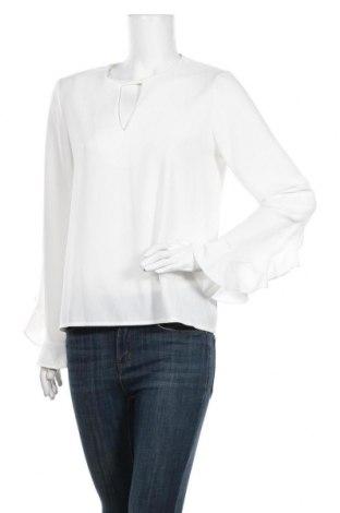 Дамска блуза Axara, Размер L, Цвят Бял, 100% полиестер, Цена 18,50лв.