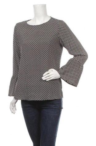 Дамска блуза Essentials by Tchibo, Размер M, Цвят Черен, 97% полиестер, 3% еластан, Цена 4,46лв.