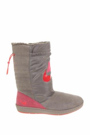 Cizme de damă Nike, Mărime 40, Culoare Gri, Velur natural, textil, Preț 279,61 Lei