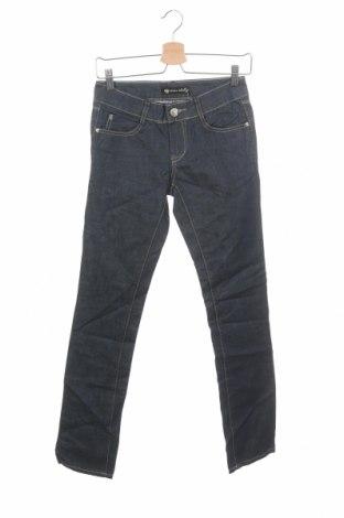 Дамски дънки, Размер XS, Цвят Син, 98% памук, 2% еластан, Цена 41,06лв.