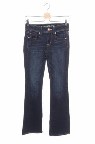 Дамски дънки American Eagle, Размер XS, Цвят Син, 70% памук, 15% вискоза, 13% полиестер, 2% еластан, Цена 7,61лв.