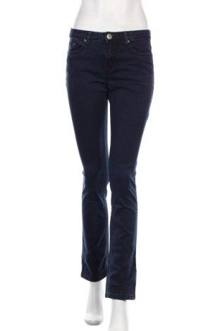 Дамски дънки Arizona, Размер M, Цвят Син, 71% памук, 27% полиестер, 2% еластан, Цена 15,12лв.