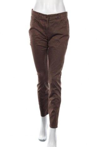 Дамски дънки Designer S, Размер M, Цвят Кафяв, 98% памук, 2% еластан, Цена 9,92лв.