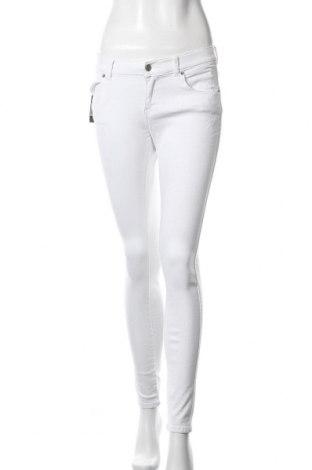 Дамски дънки Dr. Denim, Размер L, Цвят Бял, 98% памук, 2% еластан, Цена 24,15лв.