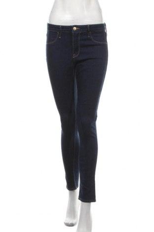 Дамски дънки H&M, Размер M, Цвят Син, 70% памук, 19% полиестер, 10% вискоза, 1% еластан, Цена 21,26лв.