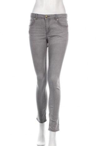 Дамски дънки H&M, Размер M, Цвят Сив, 79% памук, 19% полиестер, 2% еластан, Цена 24,00лв.