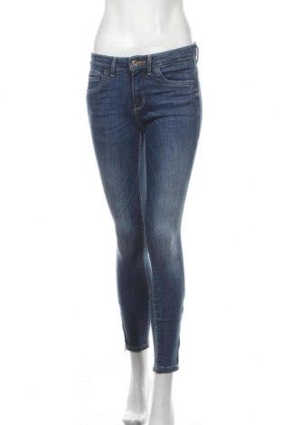 Дамски дънки ONLY, Размер M, Цвят Син, 84% памук, 14% полиестер, 2% еластан, Цена 17,92лв.