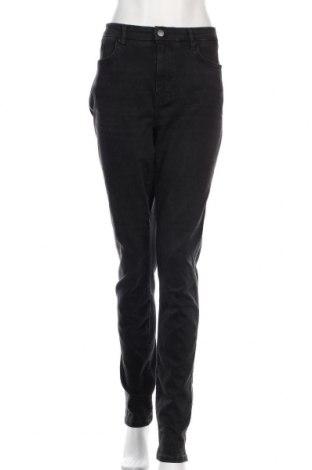 Dámské džíny  S.Oliver, Velikost XL, Barva Černá, 92% bavlna, 8% elastan, Cena  772,00Kč