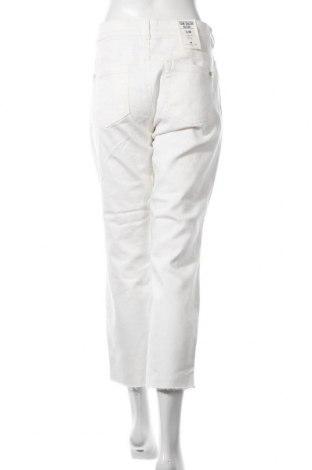 Дамски дънки Tom Tailor, Размер XL, Цвят Бял, 98% памук, 2% еластан, Цена 22,62лв.