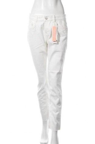 Дамски дънки Tom Tailor, Размер M, Цвят Бял, 98% памук, 2% еластан, Цена 42,72лв.
